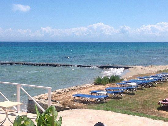 Kypseli, Griekenland: Zicht vanaf zwembad