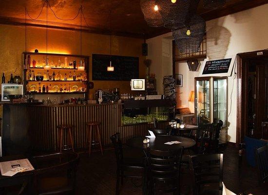 ARTisan: Our bar