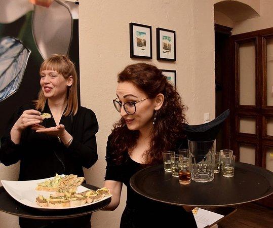 ARTisan: Presentation of new drinks and food