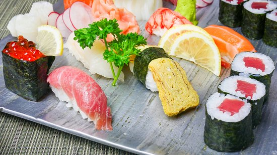 Hasekura: sushi