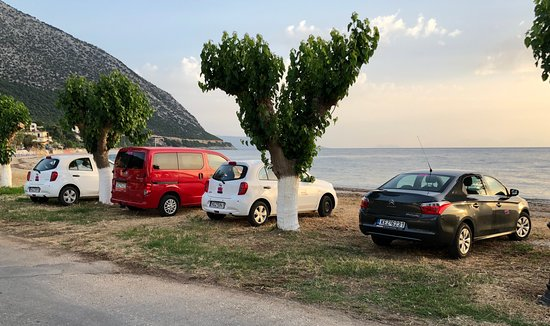 Poros, Grecia: Memis rent a car in Petros Studios