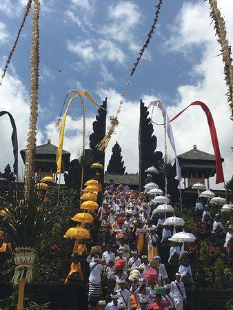Safe Bali Driver (Ketut Suwenda) - Day Tours: Le temple Bensakih
