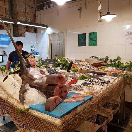San Lorenzo market: IMG_20180520_213524_886_large.jpg