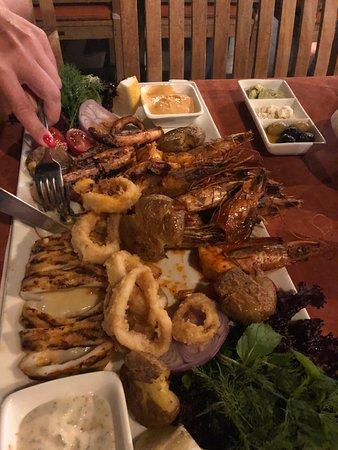 Qualista Restaurant Marina: Все морепродукты исключительно вкусные))) Даже картофель был изумительным!