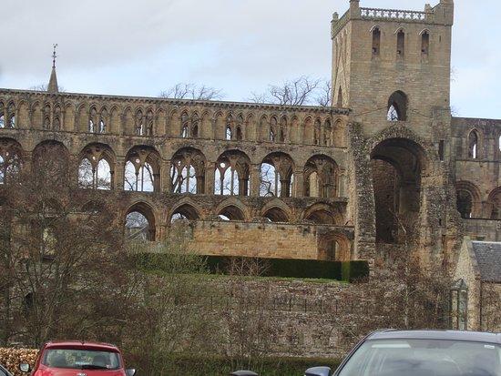 Jedburgh Abbey: Ruins