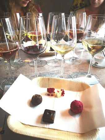Not Your Usual Wine bar - Vin bar: We love wine and Chocolate!