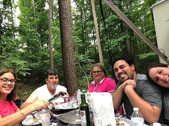Stone Mountain Family Campground ภาพถ่าย