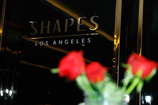 Shapes Style Lounge