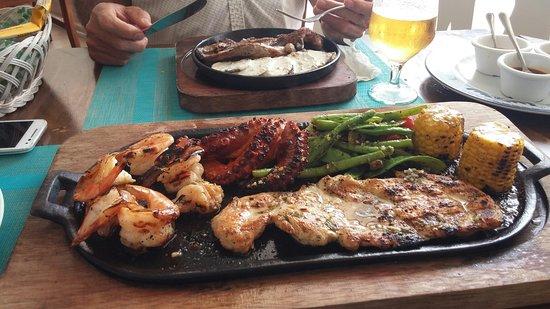 Flamingos Seafood Kitchen Photo