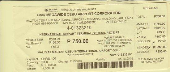 Philippine Airlines (PAL) : Flygplansskatt tas ut efter incheckningen.