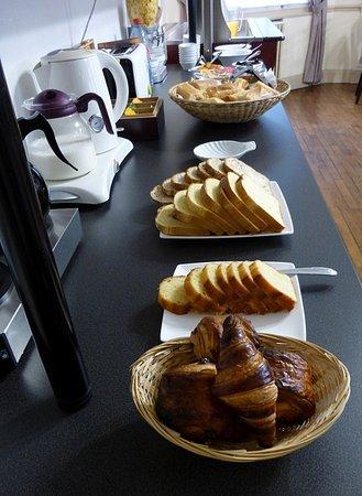 Tripadvisor - Salon - Lounge - Brit Hotel du Parc Dinard - صورة هوتل دو بارك ديس توريليز، دينار