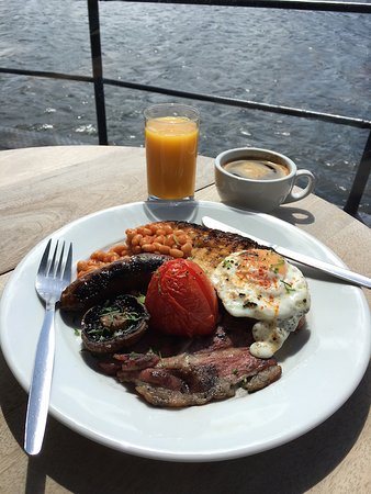 Grain Barge: Barge Breakfast