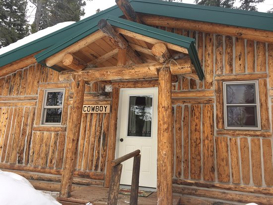 South Fork Mountain Lodge: Log bunk beds for the kids to enjoy!