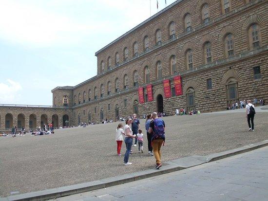 photo0.jpg - Picture of Soggiorno Pitti, Florence - TripAdvisor