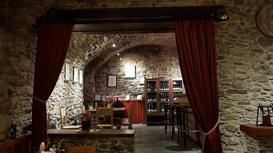 Vetroz, Szwajcaria: Restaurant view