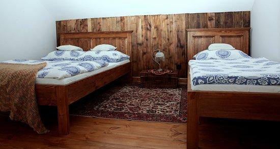 Chata nad Sanem: Sypialnia- ap.drewniany