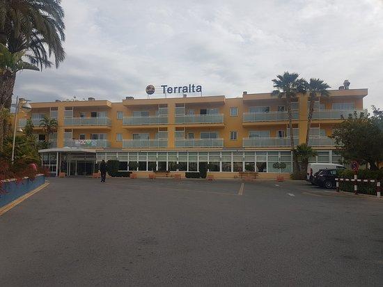 Terralta Apartamentos Turisticos: Front of hotel
