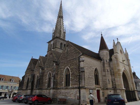 Meursault, France : L'église