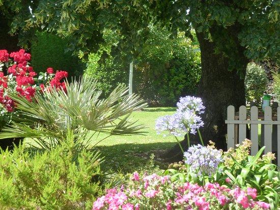 Ceaux, Frankrike: Un aperçu du jardin
