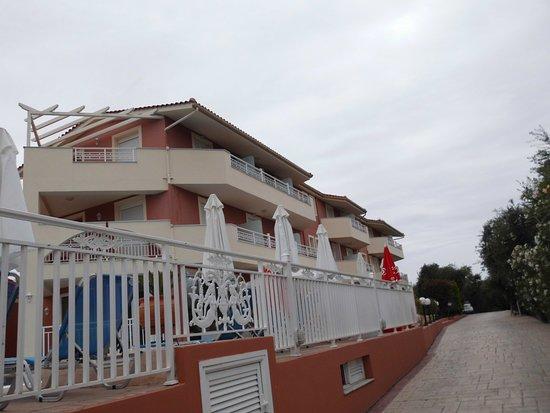 Zante Pantheon Hotel: oprit hotel
