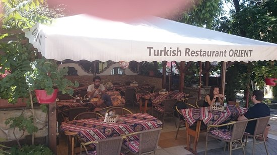 Orient Turkish Restaurant: Summer terrace