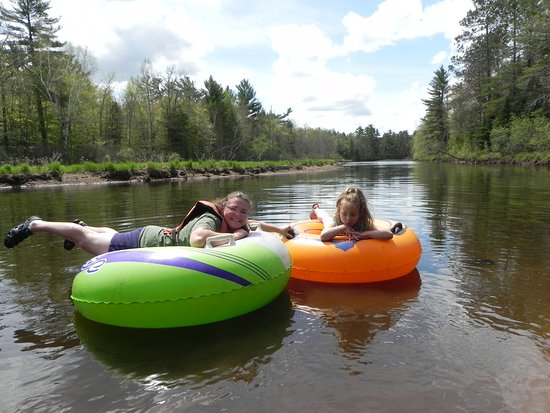 Manitowish Waters, WI: One of the options at Hawk's Nest: The Lazy River adventure! How relaxing.