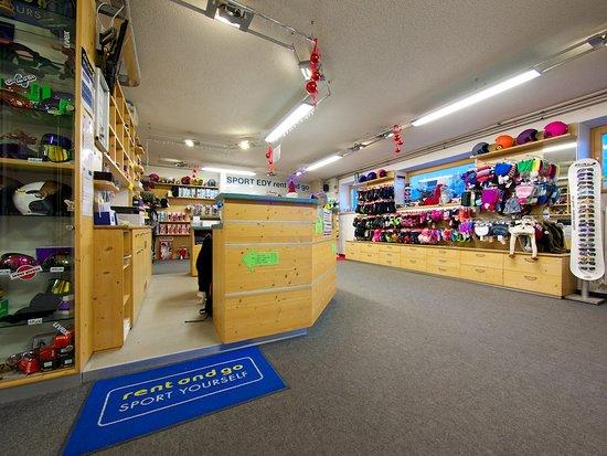 Sport Edy Rent & GO: zona vendita del negozio a Pozza