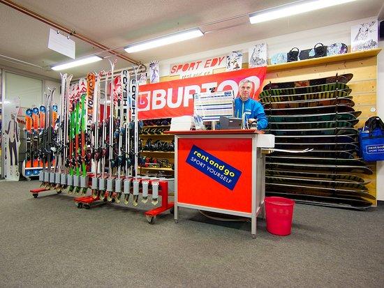 Sport Edy Rent & GO: il nostro esperto di snowboard a Pozza