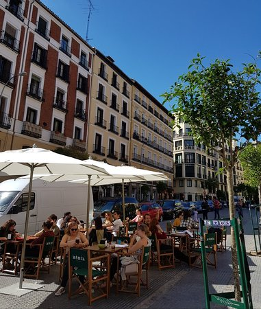 Plaza Lavapies: Great area