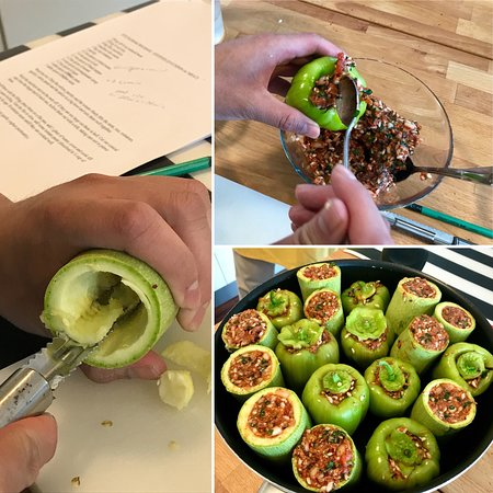 Istanbul Cooking School: Making dolma (stuffed peppers)