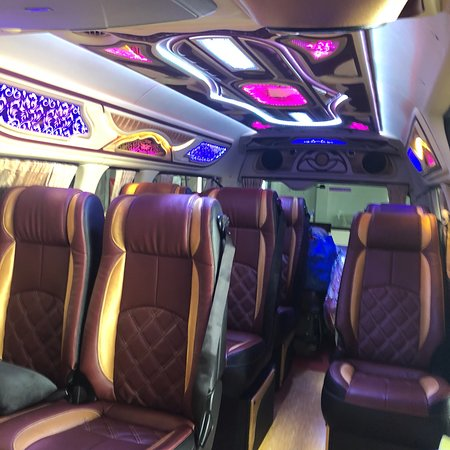 MaxiCab Singapore & Buses