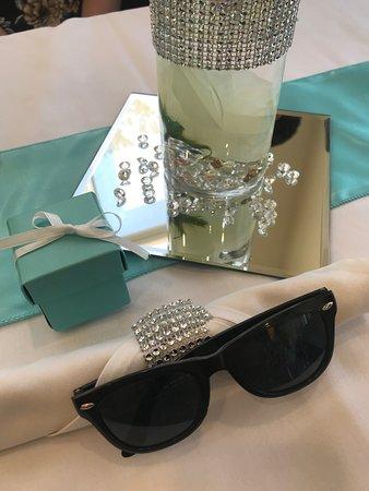 Hilton Garden Inn Huntsville/Space Center: Mother's Day Brunch - Breakfast at Tiffany's - Gift to all women