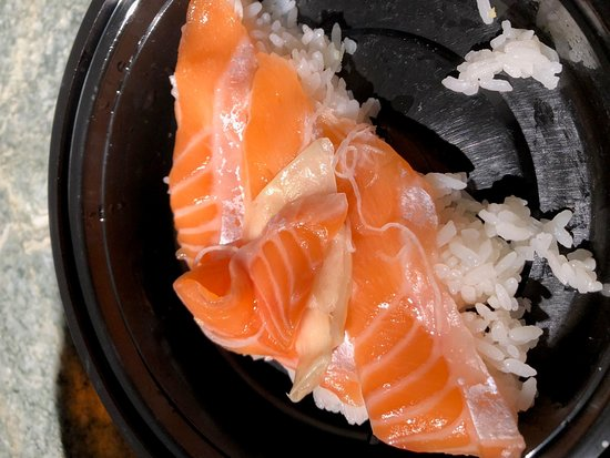 Kawa Japanese Restaurant: shinky skin left on sushi and sashimi and the thick part of the fish
