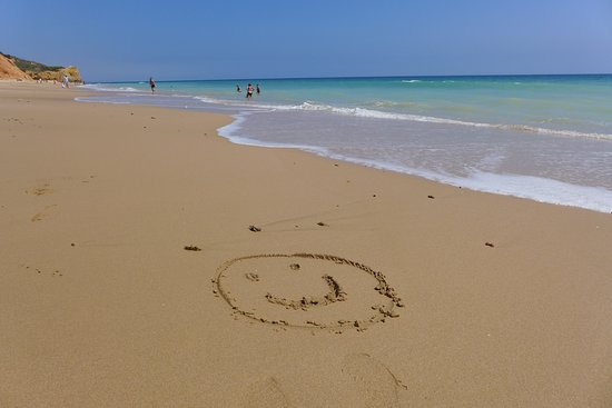 Velamar Boutique Hotel : As you can see the beach is beautiful. Have a lovely holiday.