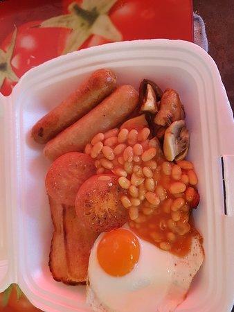 Netley, UK: Take away full english breakfast