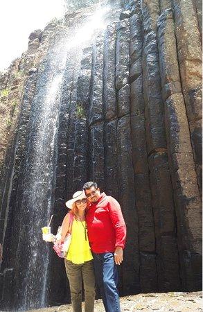 Prismas Basalticos: Cascadas de buenas dimensiones
