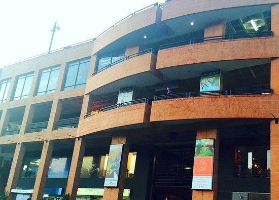 Centro Comercial Galerias Las Americas