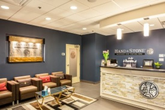 Hand & Stone Massage and Facial Spa - Leaside: Reception - Hand & Stone Leaside