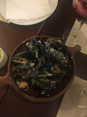 La Paradera - Cocina Española: Pmejillones a la marinera (mussels marinara)