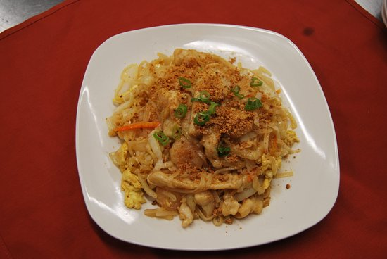 Kingston, NY: Pad Thai Rice Noodle