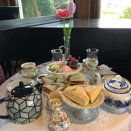 Sedro Woolley, WA: Tea for two. Very affordable. Beautiful setting. Friendly staff.