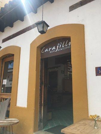 Carajillo Café: ENTRANCE