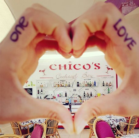 Chico's Cocktail Bar: one love one chicos :)