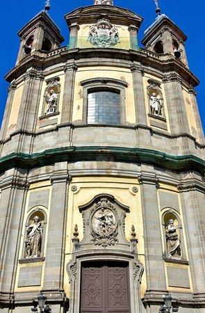 Basilica de San Miguel: Beautiful church