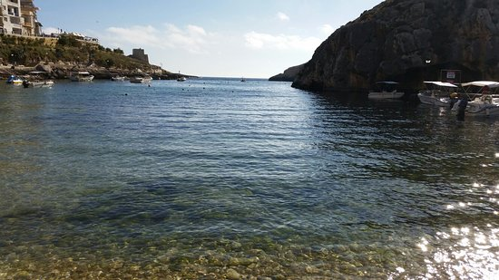 Xlendi Beach, Cliff and Caves Φωτογραφία