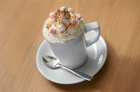 Holwood Farm Coffee Shop: Hot Chocolate