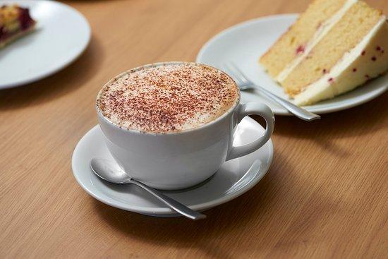 Holwood Farm Coffee Shop: Coffe & Cake