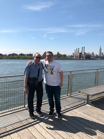 Private Custom New York City Tour by SUV: Sheldon and me