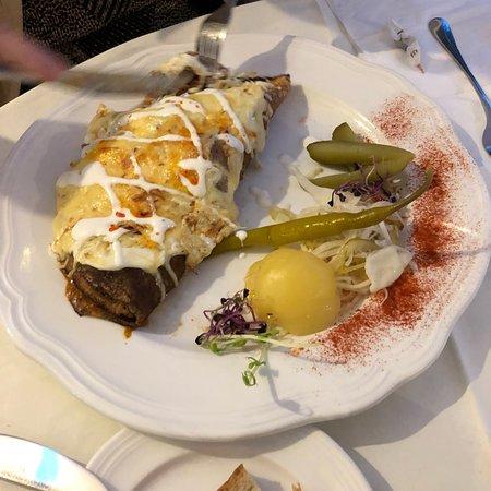 写真Karolyi Restaurant and Cafe枚