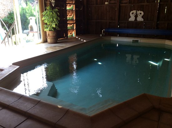 Valojoulx, France: Pool open May to Oct